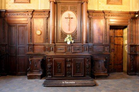 Foto chiesa esterno interno 2011 parrocchia santi - Di pietro mobili ...